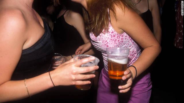 ¿Qué son los enemas de alcohol? ¿en qué consisten? Peligros