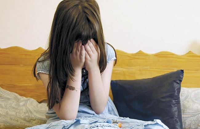 Niña intentó suicidarse porque su padrastro la violó