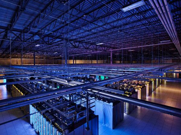 Video: Así son los centros de datos de alta seguridad de Google