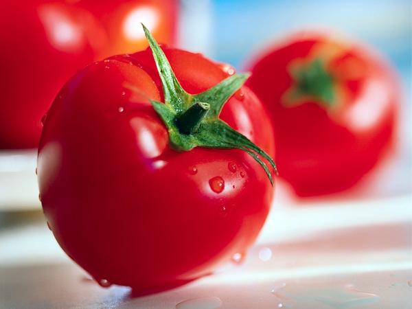 ¿Los tomates más lindos son los más ricos?
