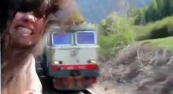 Video impresionante: Casi muere decapitada por un tren