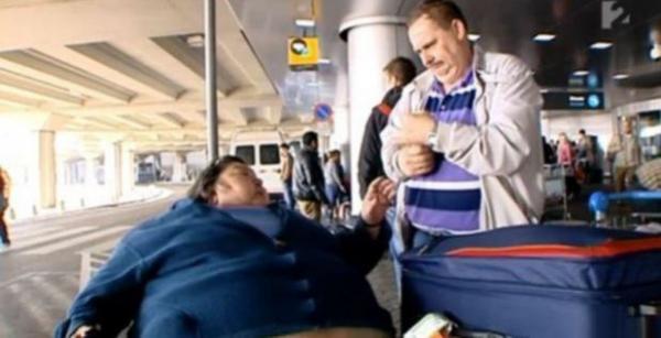 Aerolíneas se negaron a trasladarla por obesa y murió