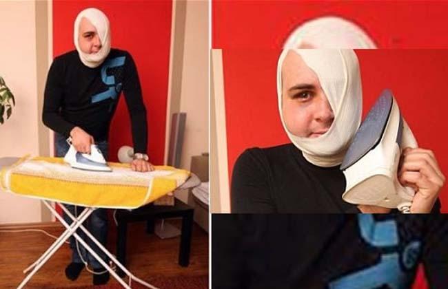 Se quemó la cara por confundir la plancha con el teléfono