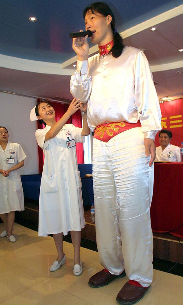 Murió la mujer más alta del mundo
